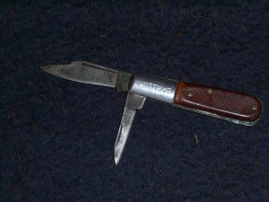 OLD BARLOW POCKET KNIFE.